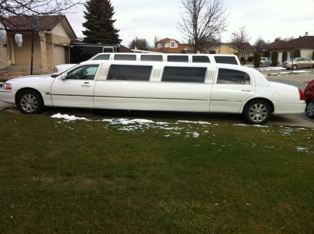 limo winnipeg